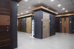Фірмовий салон вхідних дверей страж Київ