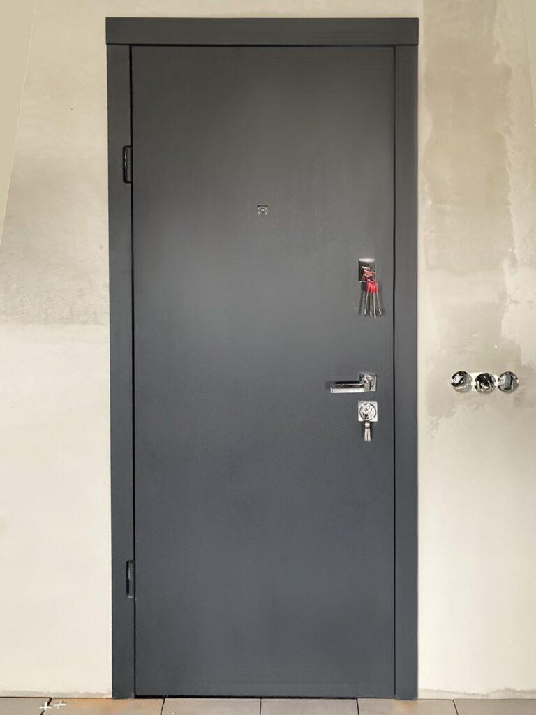 двері_ Страж_гладка_софт графіт