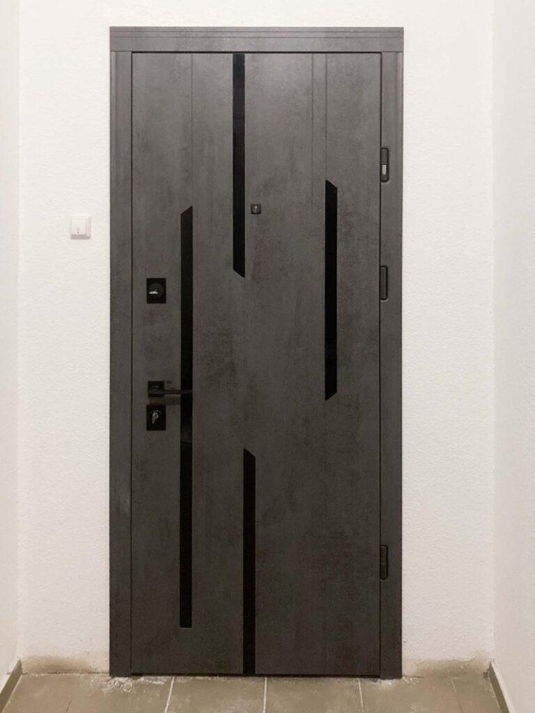 двері_Страж_міраж_бетон темний