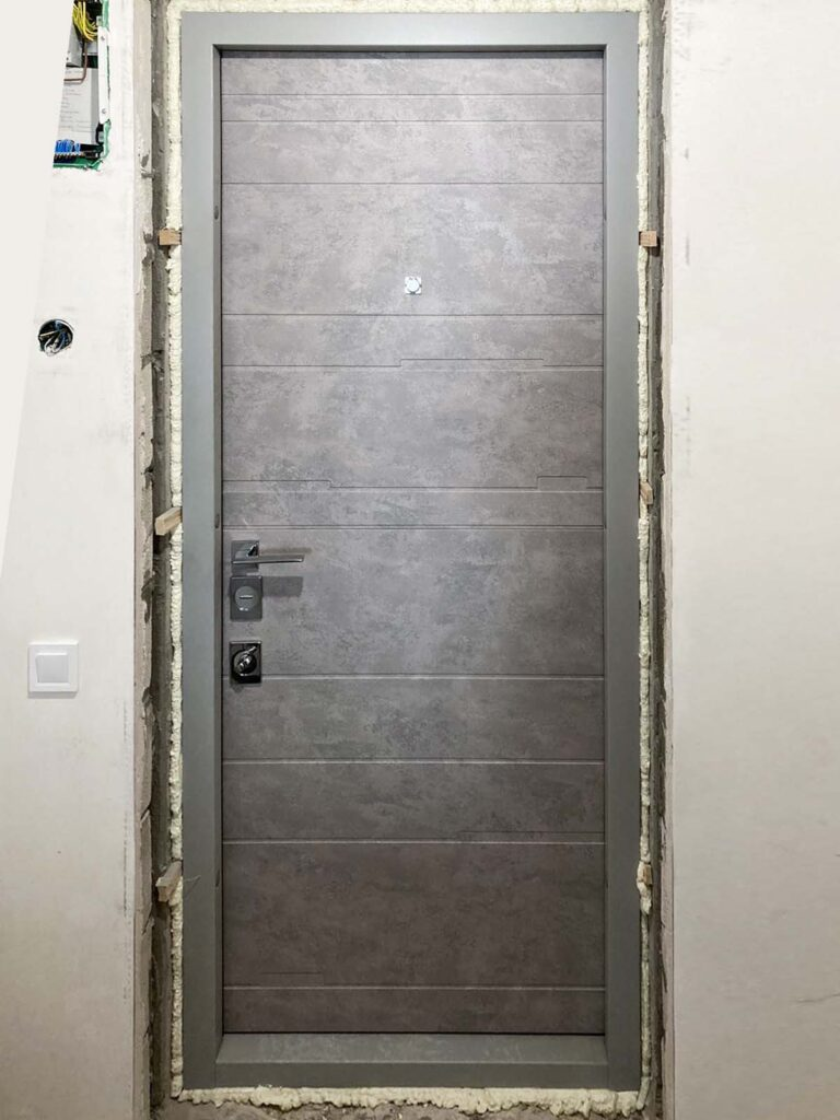 двері_Страж_темпо-нд_бетон сірий